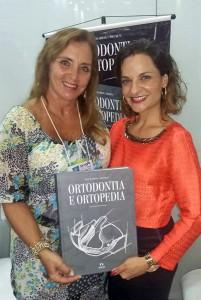 Eliana Serrano e a editora da revista Apdesp Informa, Sarita Coraçari, que prefaciou o livro